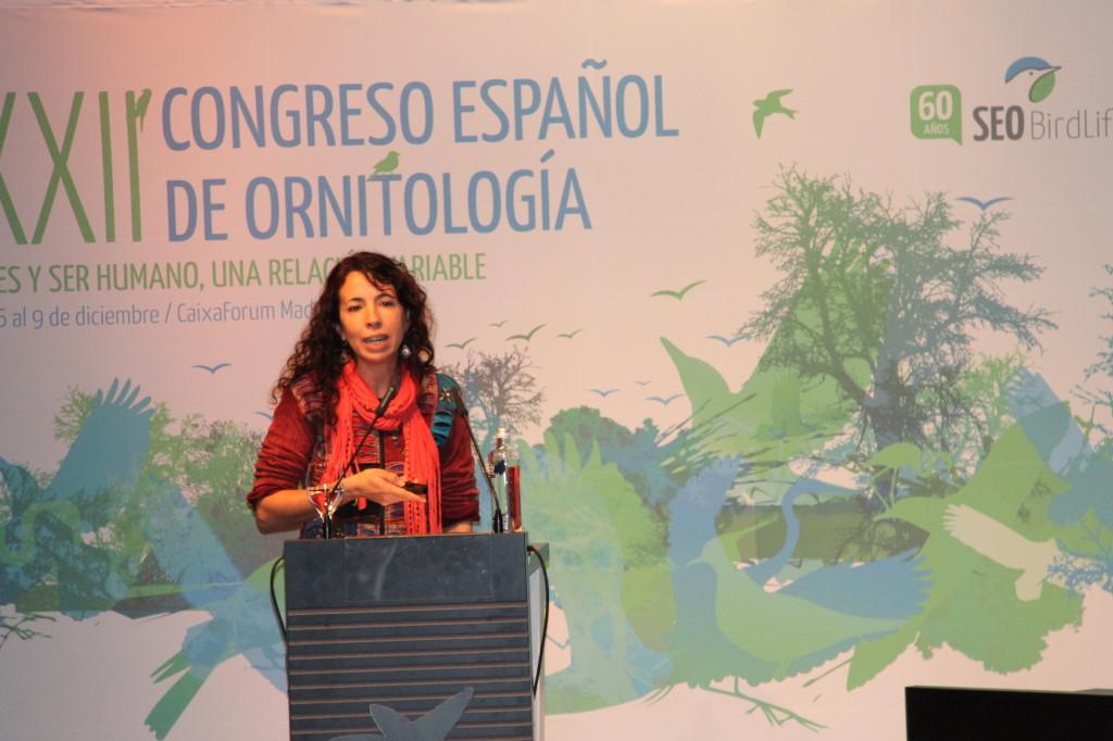 Martina Carrete, durante la sesión plenaria del XXII Congreso Español de Ornitología