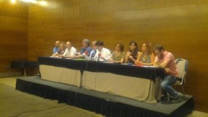 Rueda de prensa con representantes de partidos políticos y asociaciones firmantes del manifiesto sobre autoconsumo
